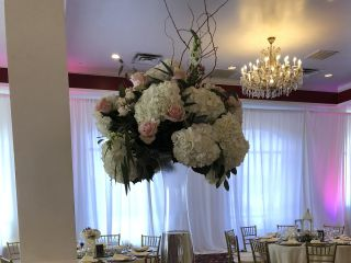Decor by Dulce & Linen Rentals 6