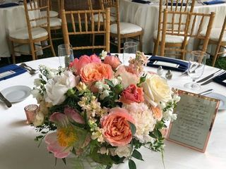 Petals by the Shore Wedding & Event Floral Designs 4