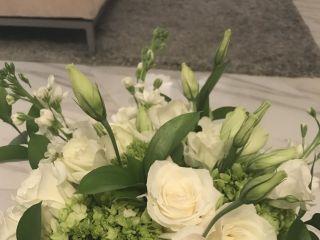 K&K Flowers 3