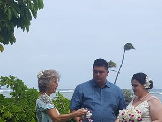 Hawaiian Eye Weddings 1