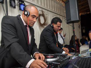 Xclusive DJ Group 1
