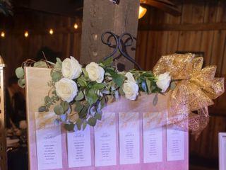 Shabby and Chandeliers Event Service 4
