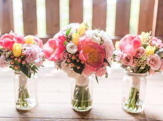 Laura's Flower Boutique 1