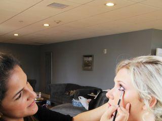 Caro makeup studio 4