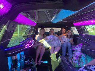 VIP Sedan &  Limousine 2