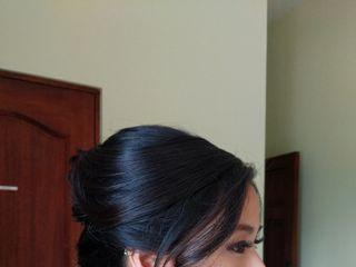 Lizzie Ibarra Hair & Airbrush Make-up Artist 2