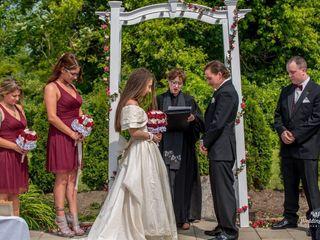 Deana Vitale - The Wedding Officiant 5