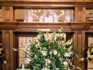 Darin Jones Floral Designer 3