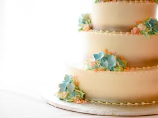 Fenoglietto's Wedding Cakes and Honeymoon Travel 1