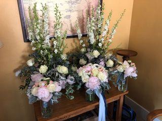 Amoré Floral Designs 2
