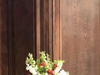 Dorothy McDaniel's Flower Market 1