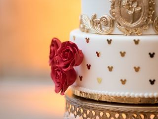 Couture Cakes by Lia, LLC 6