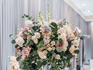 Flora Glamor Floral Studio 1