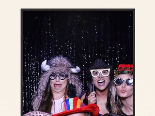 Full Frame Photo Booth 3