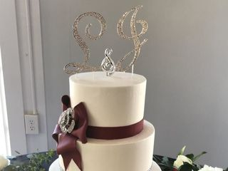 Couture Cakes of Greenville 6