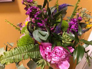 Bellagala Floral Design 1