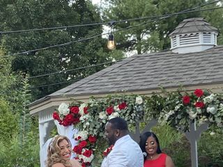 Aretha Gaskin - Officiant 4
