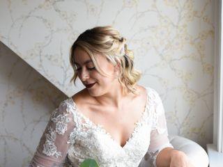 her. A Bridal Beauty Company 4