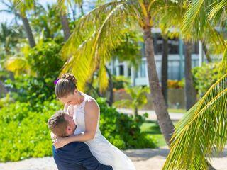 Right Frame Photography - Honolulu Wedding Photography 1