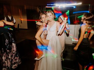 Seegers Sound, DJ, Lighting, Photo Booths and Videography 5