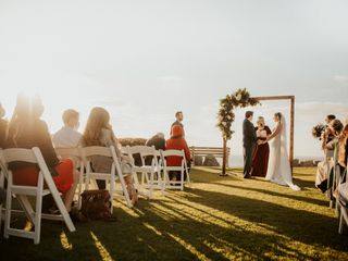 Blissful Weddings and Co. 4
