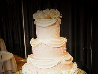 La Creme Wedding Cakes 1