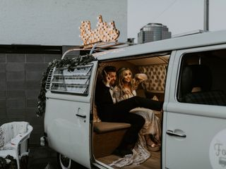 The Foto Booth Bus 3
