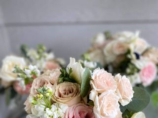 Ambience Floral and Gifts 2