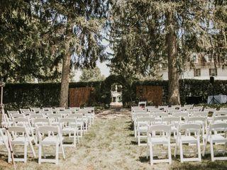 White Chimneys Estate 2