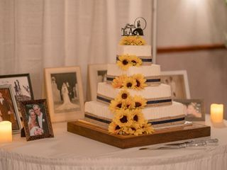 Loving Traditions Cakery LLC 2