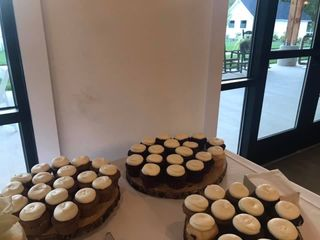 Connie's Cakes LLC 3
