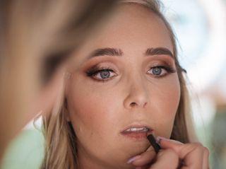 Artista Makeup 5