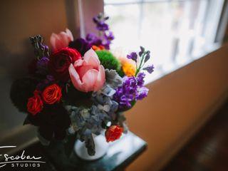 Fiore Fine Flowers 1