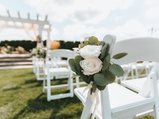 Love Blooms Wedding and Event Design 5