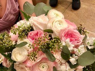 QG Floral 4