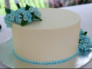 Creative Cakes 1