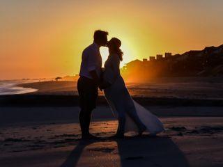 Beachpeople Weddings & Photograph 1