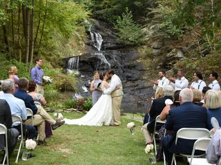 Hanan's Bridal 4