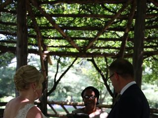 Amy Voltaire Wedding Officiant 3