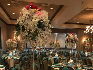 Rent Event Flowers 6