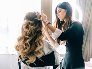 Luxury Makeup and Hairstyle 3