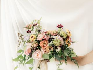 Laurel Creek Florals 4