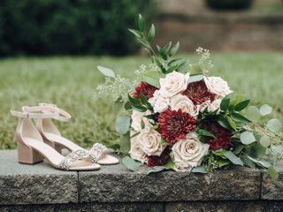 Domenic Graziano Flowers & Gifts 3
