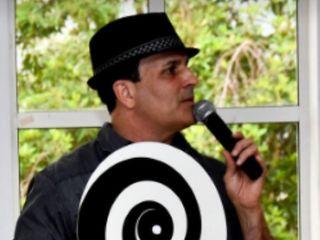 Hollywood Hypnotist Kevin Stone 2