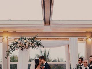 ArcDivine.com :: Miami Acrylic Chuppah Wedding Canopy Arch Rental Plastic Clear Glass 6