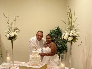 Toomer's Tax, Notary and Wedding Officiant Services 3