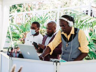 Soundstream Entertainment Jamaica 1
