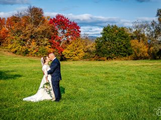 Held In The Moment Photography, LLC 3