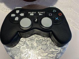 Acuna's Custom Cakes 5