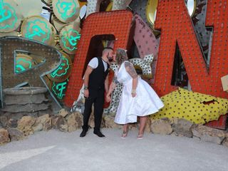 Custom Las Vegas Weddings 2